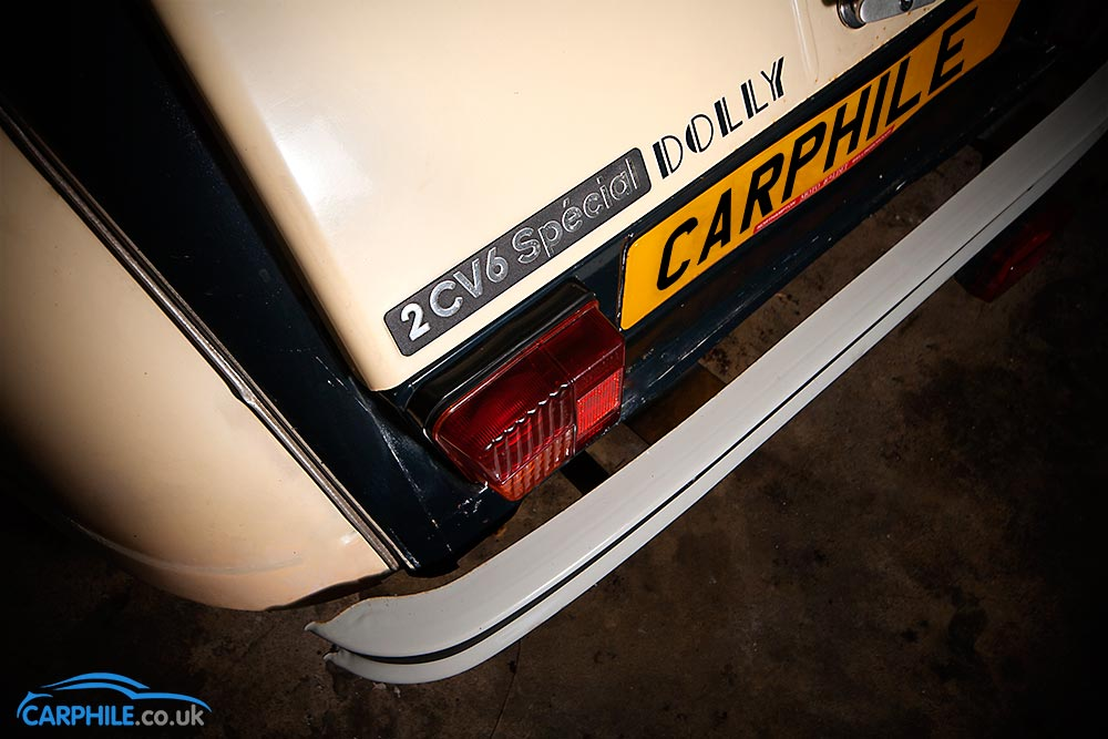 Citroen 2cv6-badge_2