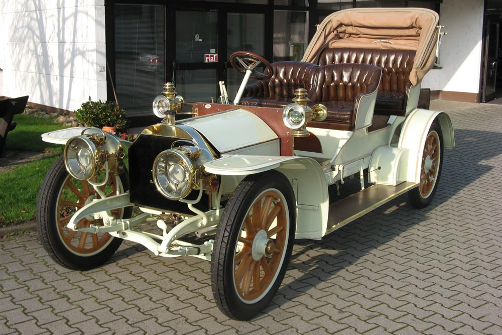 Rare 1905 Mercedes sold at Coys