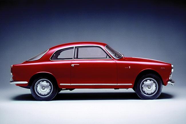 5 classic cars and future classics from alfa romeo carphile. Black Bedroom Furniture Sets. Home Design Ideas