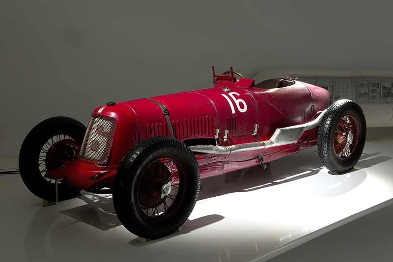 Maserati Tipo 26 - Maserati History carphile.co.uk