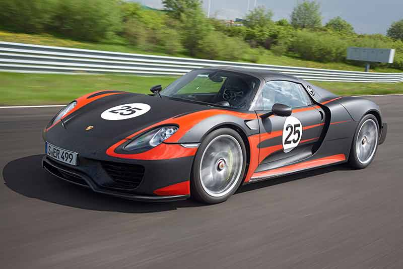 Porsche 918 Spyder - most exciting hybrid car 2014 - carphile.co.uk