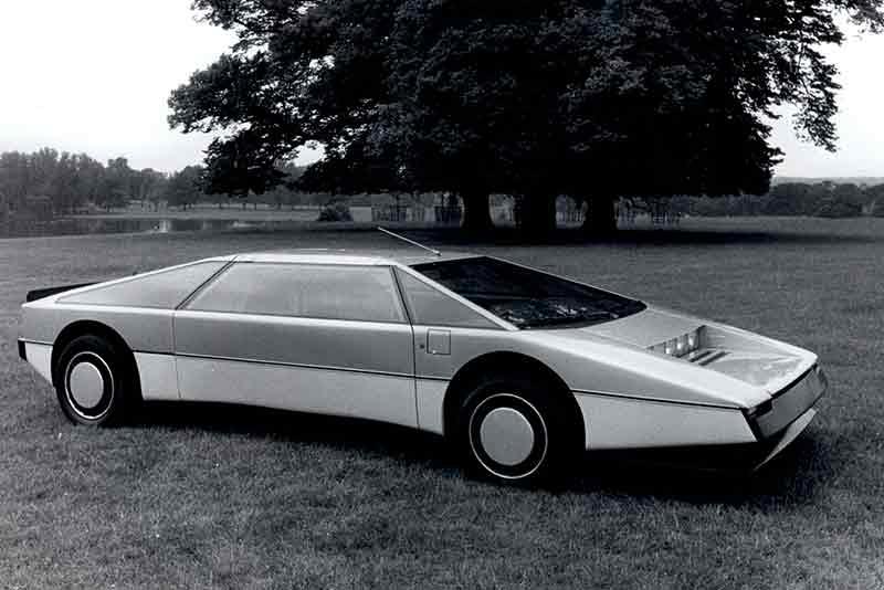 Aston-Martin-Bulldog_1