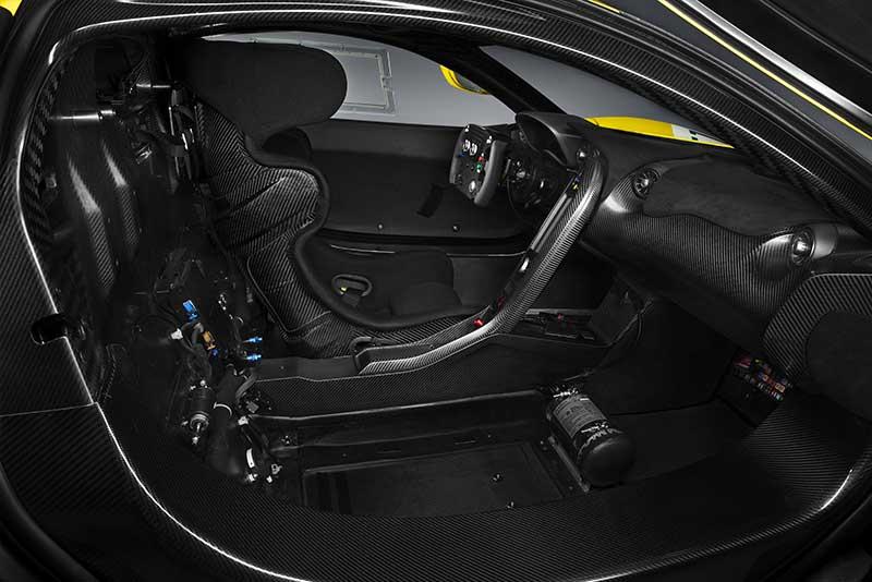 McLaren-P1-GTR_interior