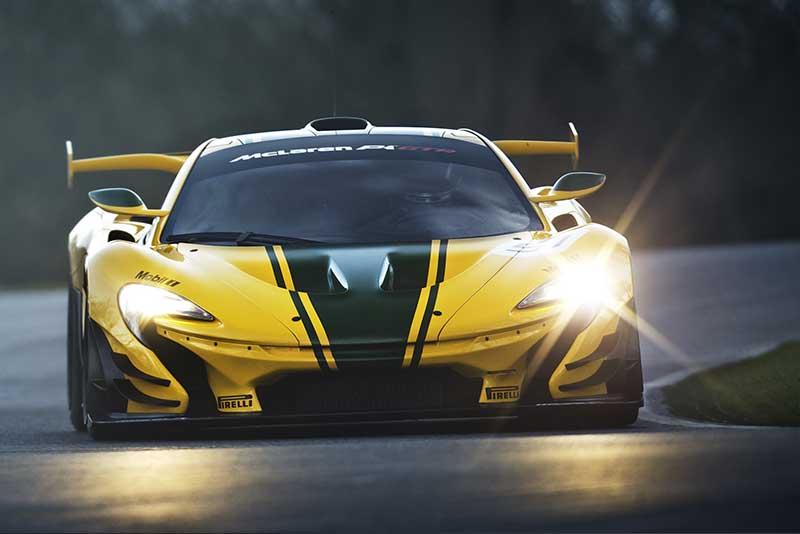 McLaren-P1-GTR_on-track2
