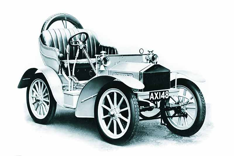 1904 Rolls-Royce 10HP Twin cylinder.  Image © Rolls-Royce Enthusiasts club