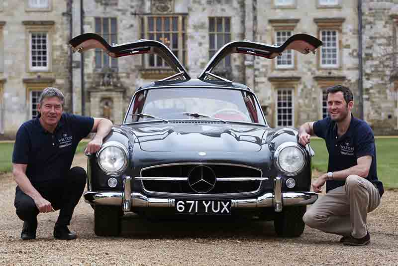 Mercedes 300SL Gullwing - Wilton Classic and Supercar show 2015