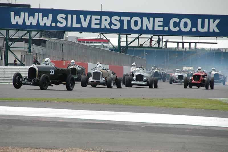 Bentley Drivers Club Silverstone Race Day 2015 - carphile.co.uk