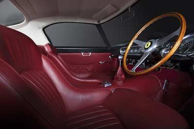 Ferrari-250-SWB_interior