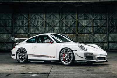 Porsche-911-GT3RS4