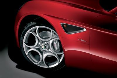 Alfa-Romeo-8c-Competizione-wheels