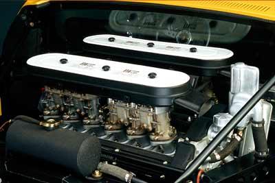 Lamborghini-Miura-SV-engine