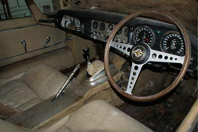 hedge-find-e-type-jaguar-interior