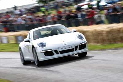 CPAS-Porsche-911-c4S