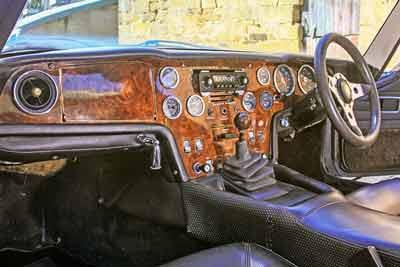 Lotus-Elan-2S-interior