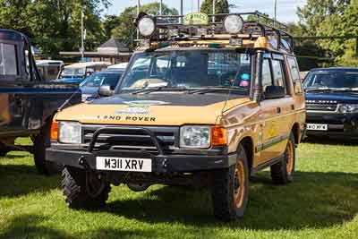 Land Rover Discovery Camel Trophy - Simply Land Rover 2016
