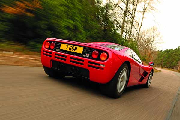 McLaren F1 - Greatest supercar of all time vote - carphile.co.uk