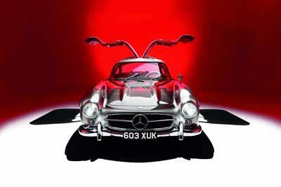 Mercedes-Benz-300SL-Gullwing