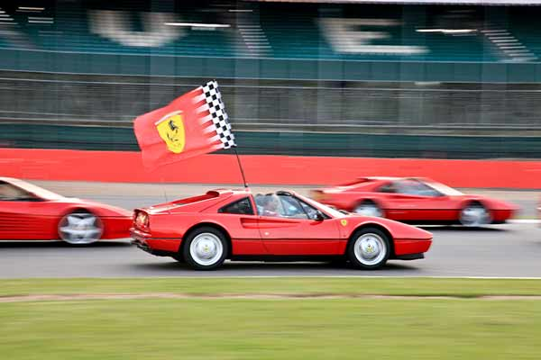 Ferrari Passione - car shows uk 2016 - carphile.co.uk